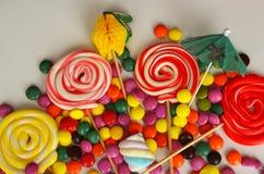 kolorowy cukierku cukierki Menchii, koloru żółtego i zieleni cukierki, Obraz Royalty Free