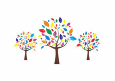 Kolorowy drzewo logo royalty ilustracja