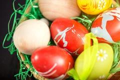 kolorowy Easter jajek stos zdjęcia royalty free