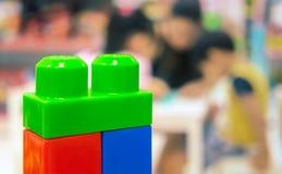 Kolorowy Edukacyjny dziecka ` s Plastikowy element Bawi się z obrazy royalty free