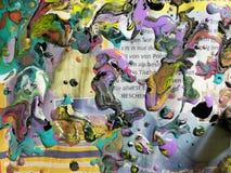 Kolorowy gazetki i abstrakta tło zdjęcia royalty free