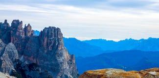 Kolorowy jesień krajobraz w Włoskich Alps, dolomit, Włochy, Europa zdjęcie royalty free