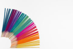Kolorowy kadzidło na białym tle Zdjęcia Royalty Free