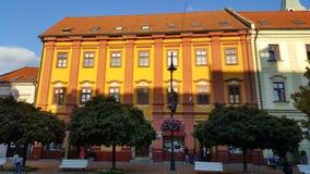 kolorowy klasyczny budynku mieszkanie obrazy stock
