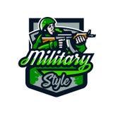 Kolorowy logo, odznaka, emblemat żołnierz strzelanina od submachine pistoletu Żołnierz w mundurze, hełm, maszynowy pistolet Obrazy Stock