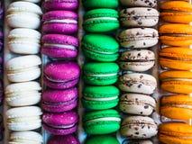 Kolorowy macarons sterty deseru tło Obrazy Stock