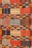 Kolorowy marokański dywanik na rynku Fotografia Royalty Free
