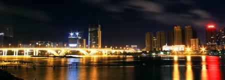Kolorowy nabrzeże noc Fotografia Stock