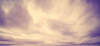 Kolorowy niebo i wsch?d s?o?ca zdjęcie stock