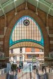 Kolorowy okno przy wejściem Mercado dwukropek Walencja obraz stock