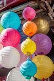 Kolorowy papierowy lampion plenerowy w rynku Zdjęcia Royalty Free