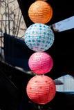 Kolorowy papierowy lampion plenerowy w rynku Obraz Royalty Free