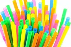 Kolorowy pije słomy zakończenia tło, kolorowy klingeryt Obrazy Stock