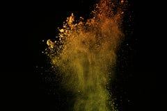 Kolorowy prochowy wybuch na czarnym tle Kolorowy dus Zdjęcia Stock