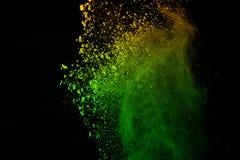 Kolorowy prochowy wybuch na czarnym tle Mrozu ruch Obraz Royalty Free