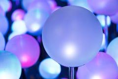 Kolorowy Rozjarzony bożonarodzeniowe światła zdjęcie stock