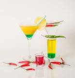 Kolorowy set napoje, koloru napój dekorował z oliwkami i pe Obrazy Royalty Free