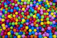 Kolorowy kolorowy tło i piłka Zdjęcie Royalty Free