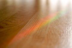 Kolorowy tęcza na drewnie obrazy royalty free