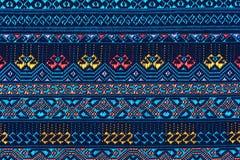 Kolorowy tajlandzki jedwab handcraft peruvian dywanika powierzchni stylowego zakończenie w górę Więcej ten motywu & więcej tkanin Obraz Stock