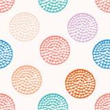 Kolorowy textured okręgu bezszwowy wzór, błękit, menchia, pomarańcze, fiołkowa round grunge polki kropka, opakunkowy papier royalty ilustracja