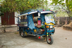 Kolorowy Tuk Tuk w Laos, Luang Prabang Zdjęcia Stock