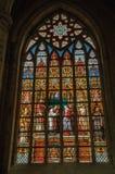 Kolorowy witrażu okno w St Michael i St Gudula katedrze przy Bruksela Obraz Royalty Free
