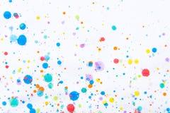 Kolorowy wodnego koloru obrazu pluśnięcie Kleks, Zamazany punkt Z t obrazy royalty free