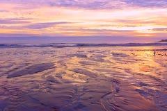 Kolorowy wschód słońca na wybrzeżu Atlantycki ocean USA maine zdjęcia stock