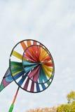 Kolorowy zabawkarski wiatraczek Fotografia Royalty Free
