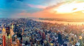 Kolorowy zmierzch w Nowy Jork Zdjęcia Royalty Free