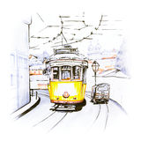 Koloru żółtego 28 tramwaj w Alfama, Lisbon, Portugalia royalty ilustracja