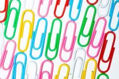 Koloru biura klamerki Biurowy tło zdjęcie stock