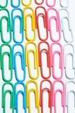 Koloru biura klamerki Biurowy tło zdjęcia royalty free