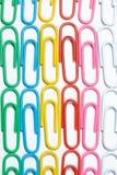Koloru biura klamerki Biurowy tło obraz stock
