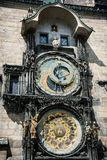 Kolosalny astronomiczny zegar w Praga zdjęcia royalty free