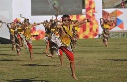 Kolosalny taniec przy sztuka festiwalem fotografia stock