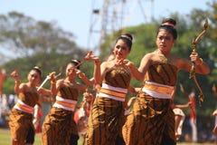 Kolossal danshistoria etableringen av Surakarta arkivbild