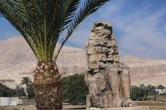 Kolosse von Memnon in Luxor Lizenzfreie Stockfotos