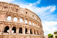 Kolosseum in Rom, Italien Berühmter touristischer Markstein lizenzfreie stockfotos