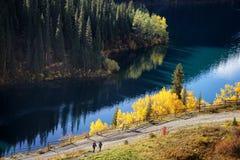 Kolsay See in Kazakhstan lizenzfreie stockfotografie