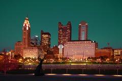 Kolumb, Ohio linia horyzontu przy zmierzchem Zdjęcia Stock