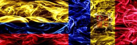 Kolumbia vs Andorra, Andorran dymu flaga umieszczająca strona strona - obok - Gęste barwione silky dymne flagi Kolumbijski i Ando royalty ilustracja