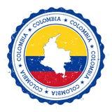 Kolumbien-Karte und -flagge im Weinlesestempel Stockfotos