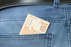 Kolumbijscy peso w cajg kieszeni Zdjęcie Royalty Free