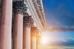 Kolumnada St Isaac ` s katedra zdjęcie royalty free