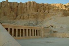 Kolumny świątynia królowa Hatshepsut bez ludzi, Thebes, UNESCO światowego dziedzictwa miejsce, Egipt, afryka pólnocna Obraz Stock