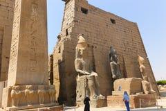 kolumny podwórzowy święty Luxor najwięcej bocznej świątyni fotografia stock