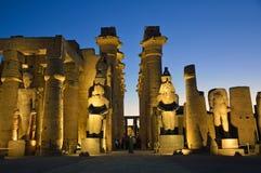 kolumny podwórzowy święty Luxor najwięcej bocznej świątyni zdjęcia royalty free
