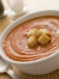 Kom de Soep van de Tomaat met Croutons Royalty-vrije Stock Afbeelding